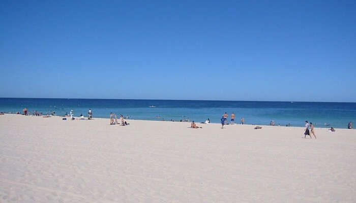 Peth's beaches that is incredibly close to the metropolis