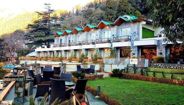 Season's Resort