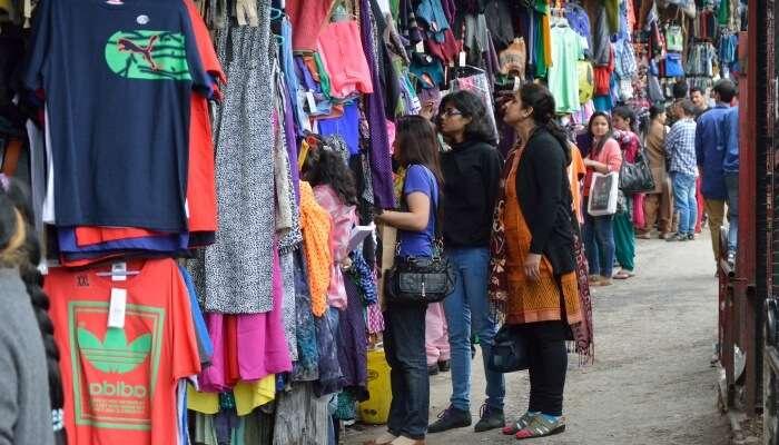 shopping in kufri