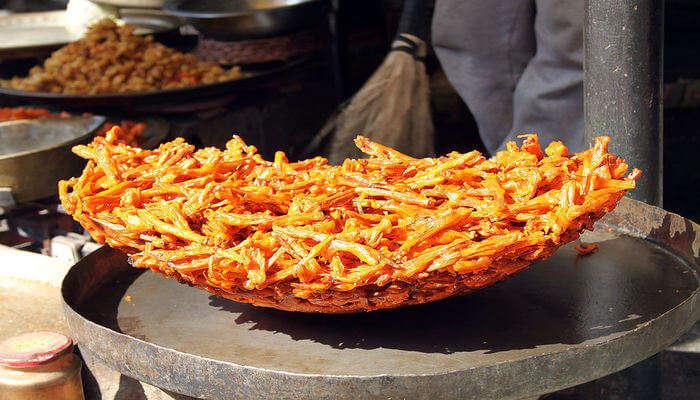 Try Kashmiri Cuisine