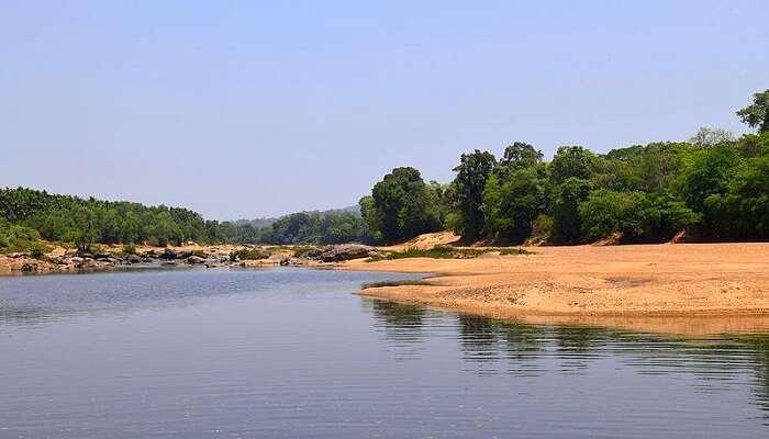 Tunga river in Gangamoola