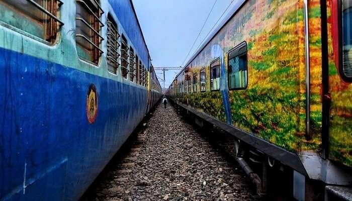 Uttaranchal Sampark Kranti Express View
