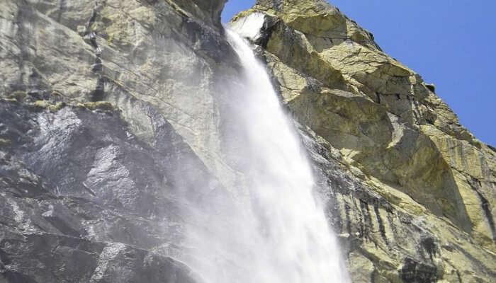 beautiful waterfall in Uttarakhand