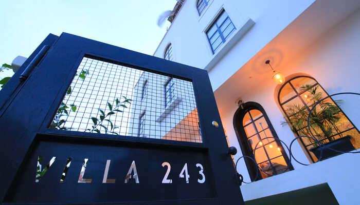 Villa 243