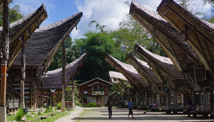 Witness Life And Afterlife Meet At Toraja