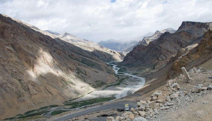 Yunam river