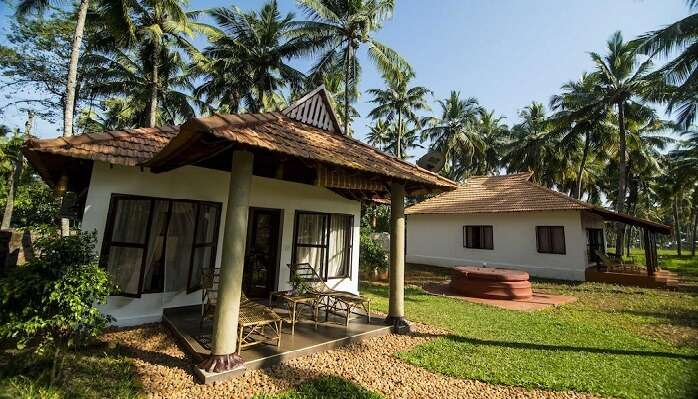 bay cliff cottages varkala