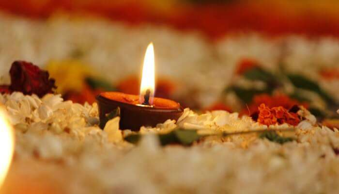 diya and flowers