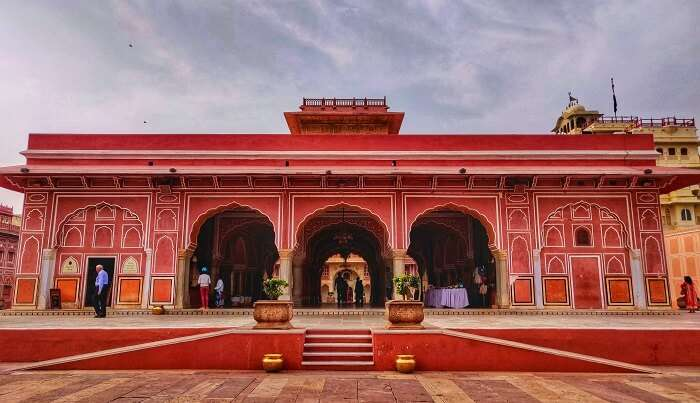 saw many forts and palaces in jaipur