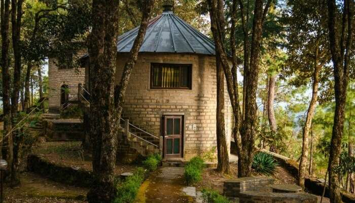 resort cottage in woods