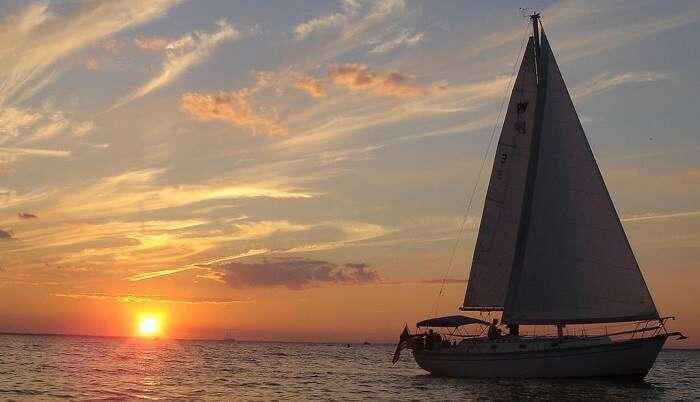 sunset cruise goa