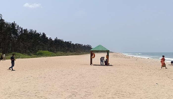Tannirbhavi_Beach