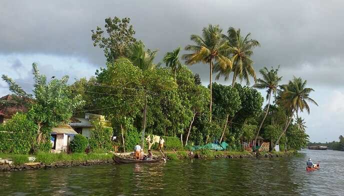 How To Experience Backwaters