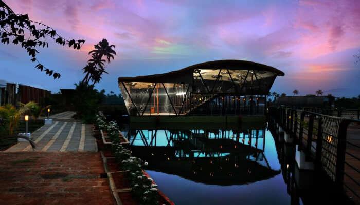 Aquatic Resort