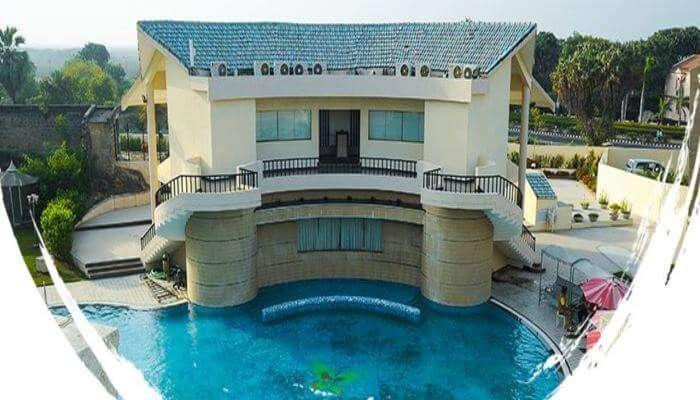 Azzaro Resort & Spa