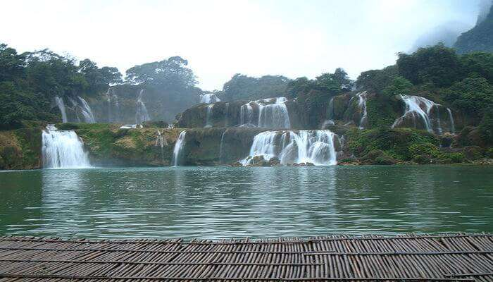 Ban Gioc Waterfall: See The Gushing Water