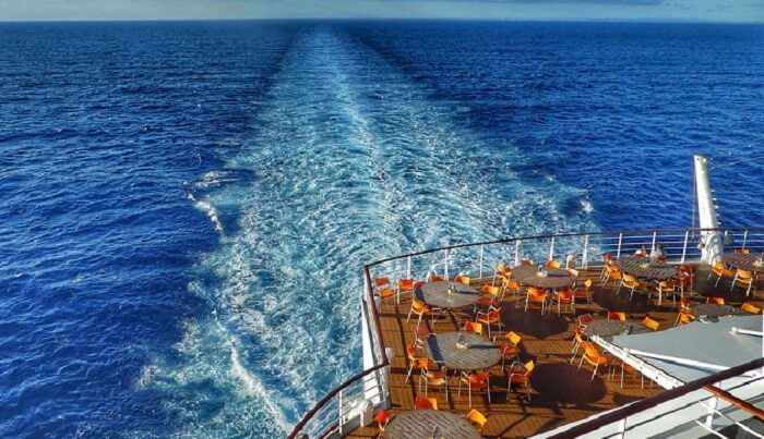 island hopping via cruise