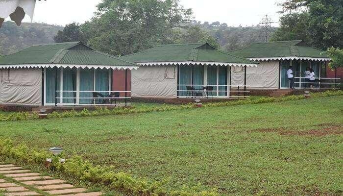 Durshet Forest Lodge
