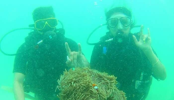 varun enjoying the scuba diving