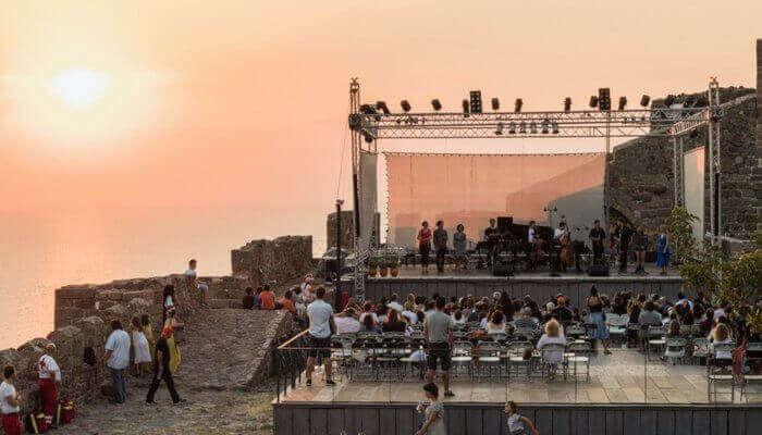 Festival De La Trova Longina