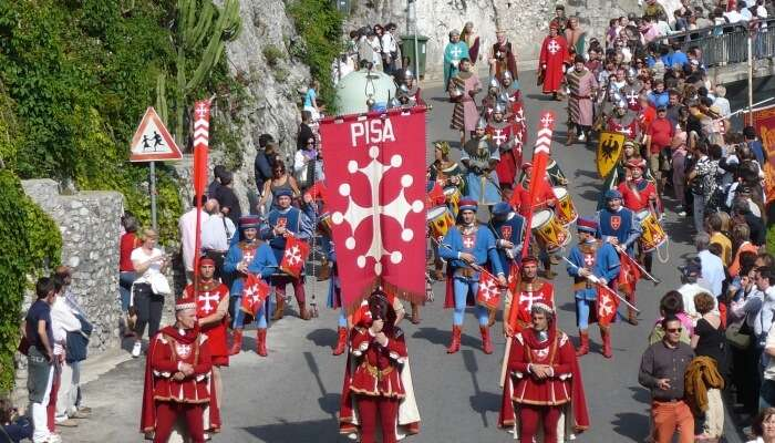 genteel festival of Italy characterized by the competitive spirits