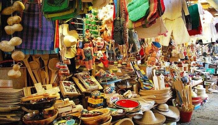 Geyzing Bazaar