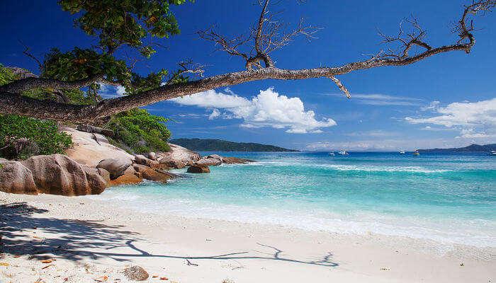 Grande Soeur Sisters Island