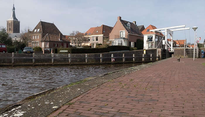A Belgian Town With a Canal