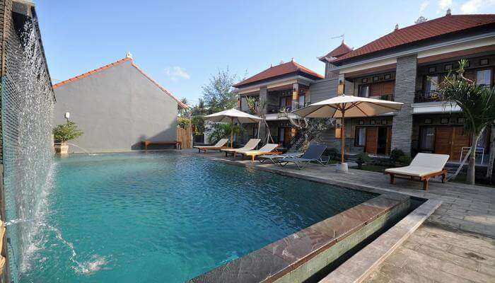 spacious hotel in singapore