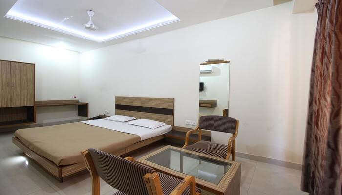 Hotel Chivala Beach- For The Best View