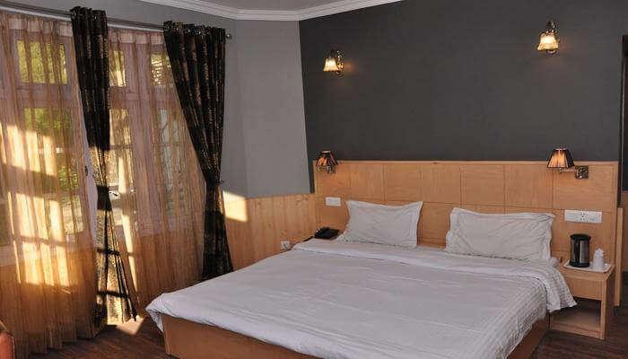 Hotel Ekant- With Astounding Hospitality