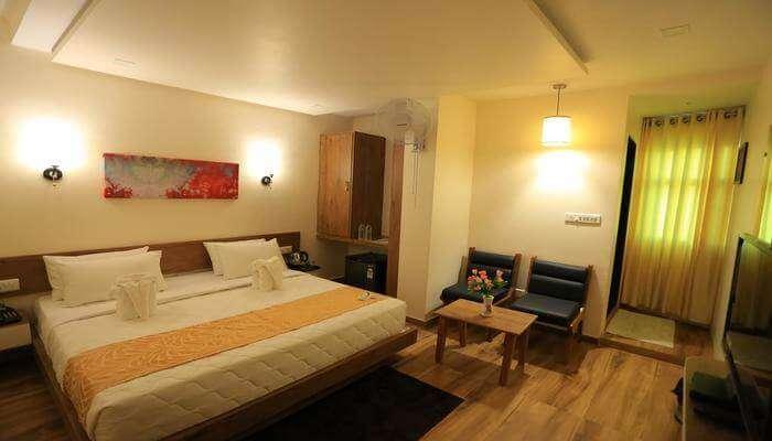 Hotel Grand Raveta