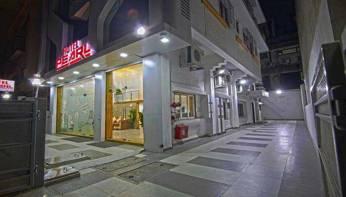 Hotel Pearl, Vashi