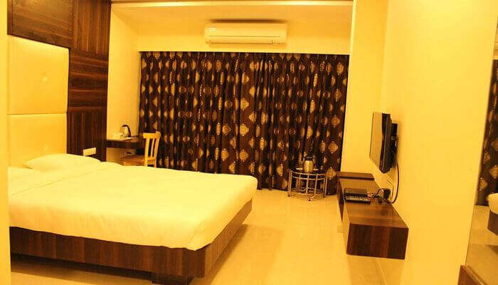 elegant rooms in the hotel