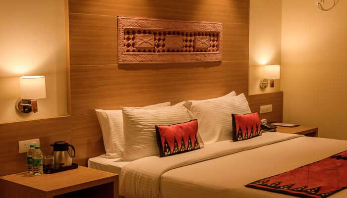 Hotel Sahara Lodge, Panvel