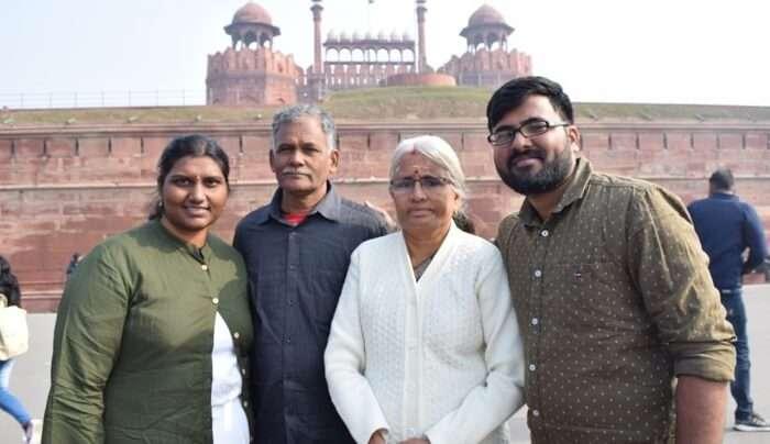 bala's family trip at lal qila