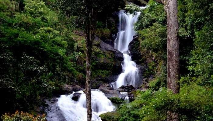 amazing waterfall, karnataka