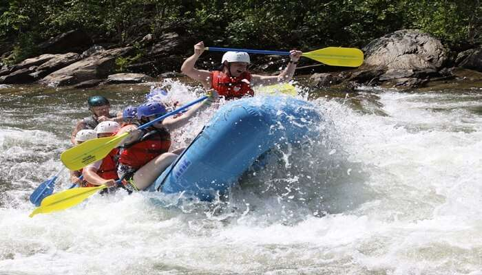 Iruvanjippuzha River Rafting
