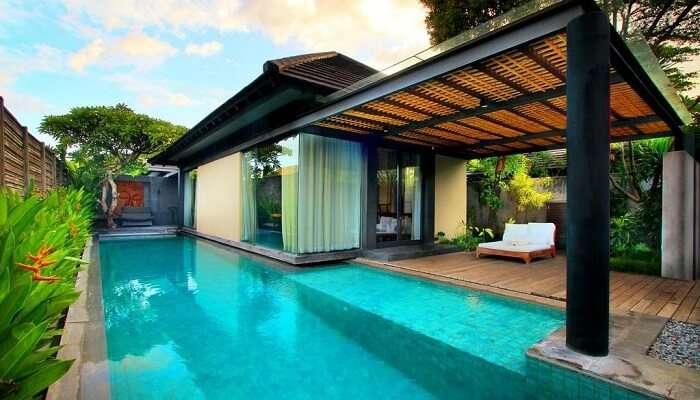 Javana Royal Villa