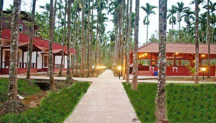 La Flora Prakruth Resort Near Madikeri