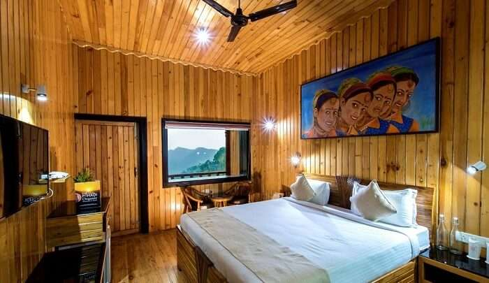 a fine accommodation located in Ramnagar