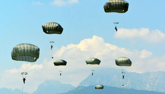 Parachutes In The Sky