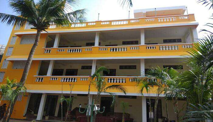 Pondicherry Guest House and cottages