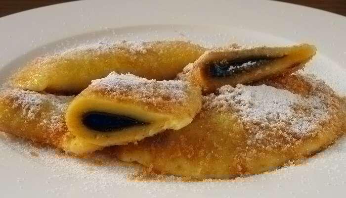 Powidltascherl austrian food