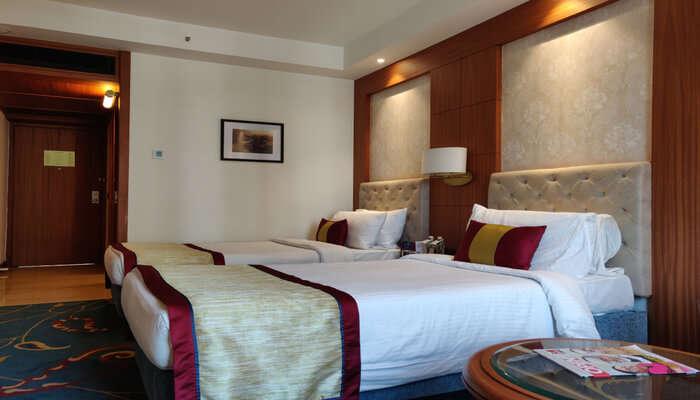 Premdeep Hotel- A Cozy Sta