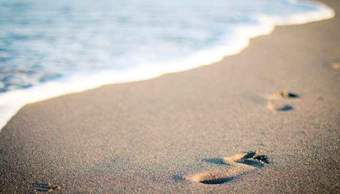 beach hopping in Hawaii