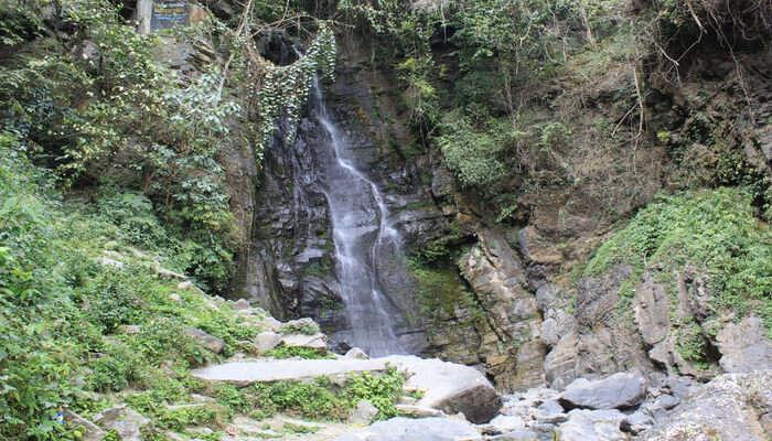 Sadu Chiru Waterfalls