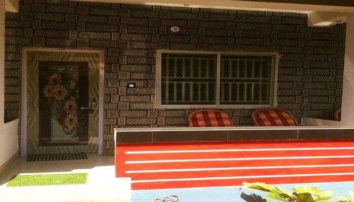 Shantika Uma cottage