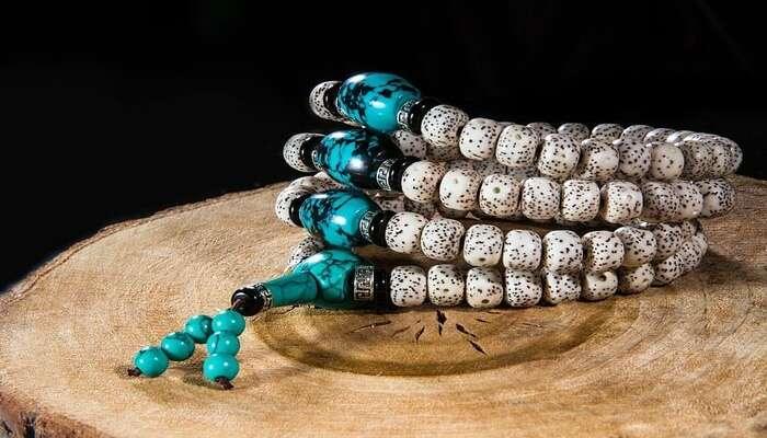 Silver Jewelry And Precious Stones
