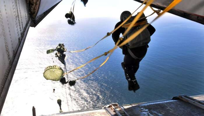 world's best Static line diving